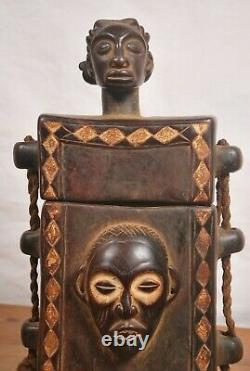 African Tribal Art, amazing hevy chokwe box from DRC