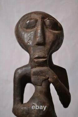 African Tribal art, amazing Bahunde statue from nord kivu DRC