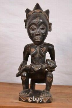 African tribal Pende statue from bapende tribal DRC Congo
