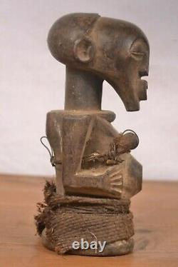 African tribal art, Songye bust statue from Democratic Republic of Congo