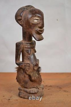 African tribal art, Songye fetish statue from Democraric Republic of Congo