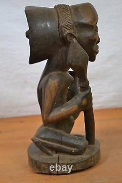African tribal art, Unusual luba witch doctor statue from Katanga region DRC