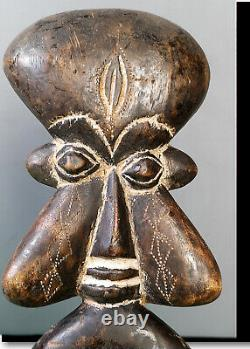 Old Tribal Bamum Comb Figure - Cameroon BN 59