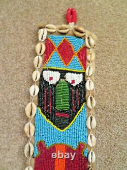 Yoruba African Tribal Beaded Wall Hanging Des Années 1920